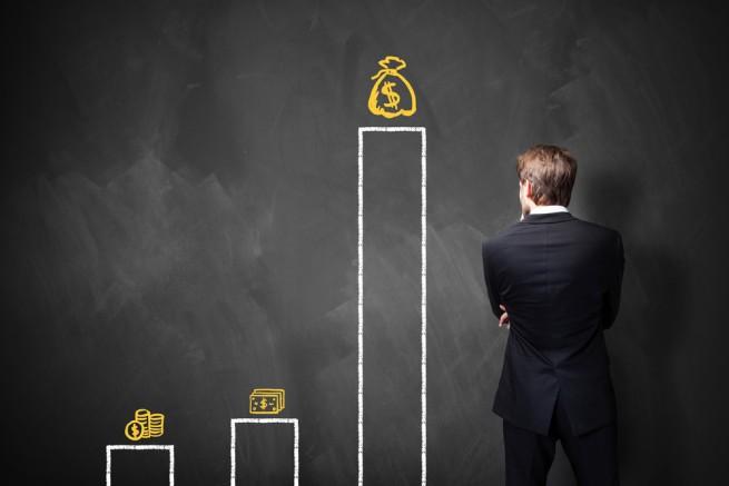 契約社員の方が給与が高い?正社員と契約社員の差は何?