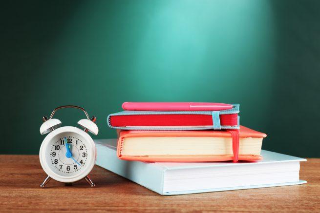 高卒の仕事に有利な資格はあるの?挑戦するべき国家資格&民間資格を徹底調査!